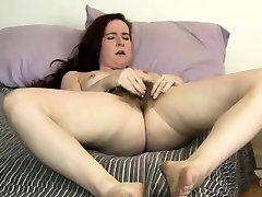 Annabelle Lee a Nice Red Head with a Great moore essy Pussy