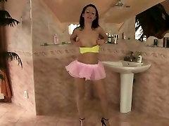 kāda dzeltenā caurule top, rozā, Tu-Tu un duncis