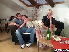 kengney linn karter fuck squirt with horny granny and her son in law