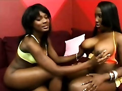 Black miami jenny pussy gets big booty lezzie to please her coochie
