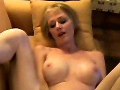 Amateur Sex With His Horny Aunt Melanie