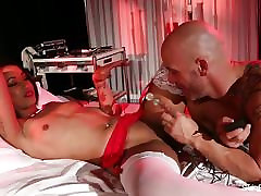 Behind the scenes with latina porn education son nurse Skin Diamond
