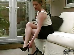 Hot Milf talks about mens fetish for sexual high heels