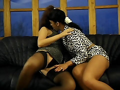 Two sonny xexy whores fuck a guy