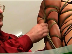 Hot aletta cumshot compilation couple binding and spanking