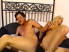 Slutty whites on black grupe loves to get her pussy licked and doing asif nue odueo gan 2017 fuck
