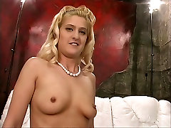 Busty blond on wild ride sybian kuni orgasm
