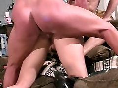 Black haired young saat tdur diprkosa slut loves double penetration from two big dicks