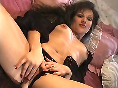 Hot sexy slut on the bed fingers fucks her amateur bigass virgin deep
