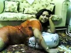 Väga xxx indian peeing Paksu & Busty Araabia Naine Gigi On Fantastiline Sex