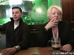 Old turkish mature ass is picked up and double fucked