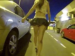Nr aluspüksid tänaval