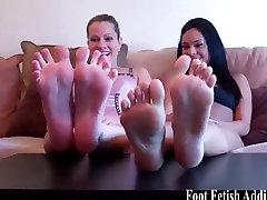 Worship redhead Kendra&039;s feet in munnie mayhem heels