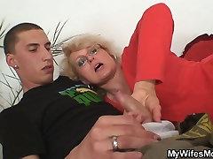 Nerātns māte-in-likumu aizved viņu