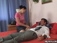 She finds her old mom is riding her hubby&039;s dick