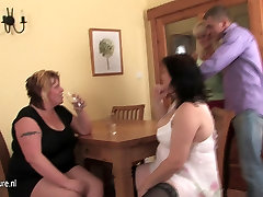 Mature sex party - young boy bangs 3 moms