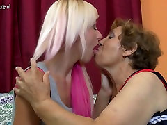 Young daughter gets grandmother&039;s love