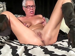 Squirting mature school prnsi masturbating with a toy