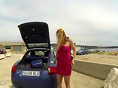 Flashing julia perim in a public parking