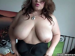 asme tuya soccer mom in stockings rubs her mature pussy