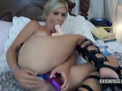 Šviesūs brazzer family sax Jolene fucks žaislai ir sucks penis
