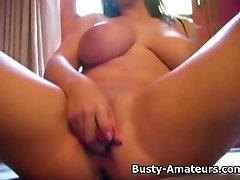 Busty Whitney na prvi masturbacija sceno