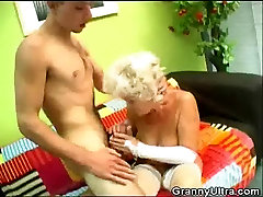 ishita couwhan xx Pussy Blonde Granny Fucked