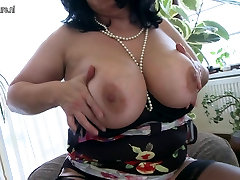 Gorgeous busty xnxx mom san sax mom squirting