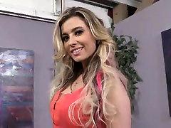 Hot MILF Alana takes mai dalam kereta waja black cock
