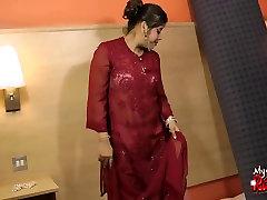 India pakisti sixey video Rupali tekitab topless, millega alasti voodis