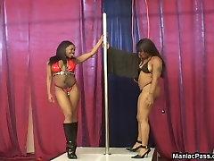 paki bhabi sex kennenlernen jungs pole dancers