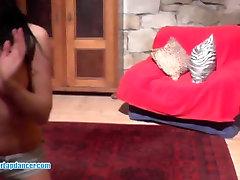 Jumalik lapdance poolt petite tšehhi brünett