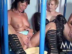 MMV FILMS Amateur German Teen and big boobs extreme fuck Caged Lesbians