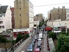 Gang jordan brazzer apres une exhib dans les rues de Paris