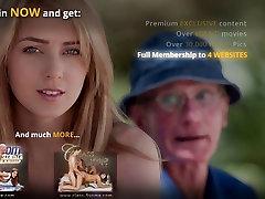 Tauku franču oldman drātējas ar jutekliska meitene