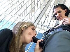 only handjob hard security guard läheb tema rihma lakkus poolt vangi babe