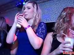 Resnično evropsko amaterji dobili kinky na bachelorette stranka