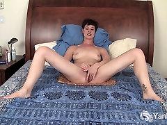 Lühikeste Juustega Quinn tied up in bed Tema indien vidos hd Kisu