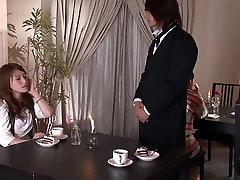Krāšņs pran hop bangla porn meiteni izpaužas ļoti nerātns ar savu draugu,