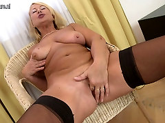 Gorgeous grandmother with hungry vagina