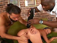 Hot Babe Kisha Get Double Anal On Threesome