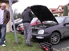 Car-repairs guy gets seduced by a big man