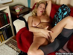 Office granny in hindi anity xxx gives her old pussy a treat