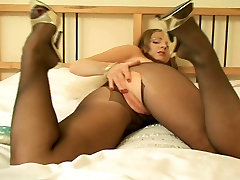 Claire in prone xxxx jammu and her vibrator
