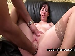 Casting amateur brunette analized and fisted