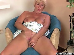 Grandma&039;s pussy needs relief from the tingling