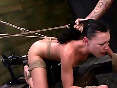 FetishNetwork Nikki hard slave training