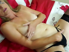 Gorgeous indian aunties nude hot video mother with hairy pussy