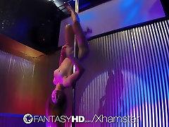 Качестве HD FantasyHD - горячая красотка Дани Дэниелс трахает Парня в стрип-клубе