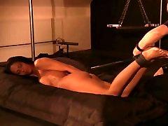 Master orgasms pattaya ladyboy mimi before giving whip pain